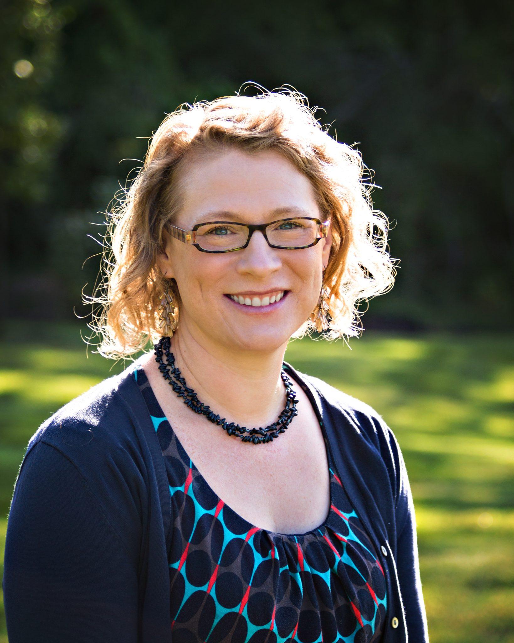 Tricia Jöstlein, Horn